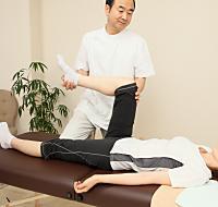 膝関節の施術