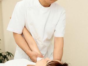 肩痛の施術